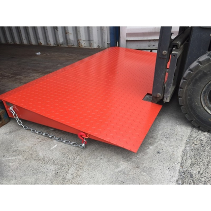 Arrow Container Ramp Standard