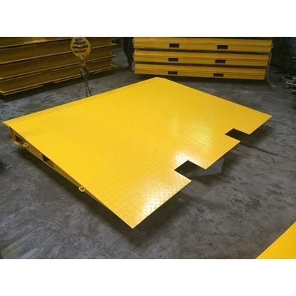 Arrow Warehousing Container Ramp (Extended)